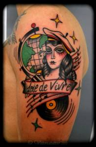 Woman-Map-glob-vittoriatattoo