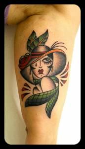 La Donna con cappello-tatuaggi como-vittoriatattoo
