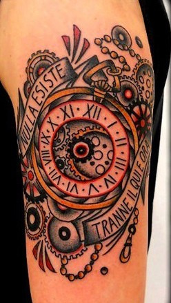 Fob watch tattoo|Tattoo Como Vittoria|via volta 49
