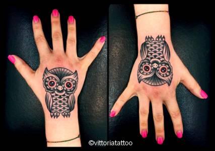 owl hand tattoo-tatuaggi tattoos by vittoria como