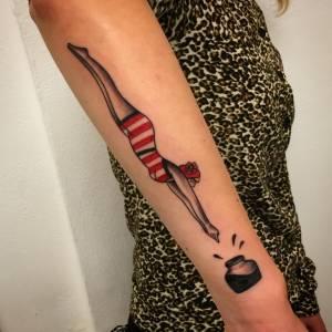 plunge into ink tattoo via volta 49 como