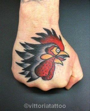 rooster-head-on-hand-vittoriatattoo-tattoos-by-vittoria