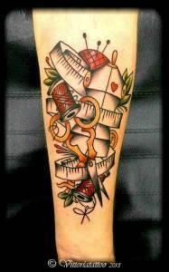 sewing tattoo|Tattoo Como|via volta 49 Como