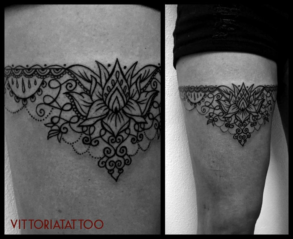 Tattoo serie Ornamental Garter