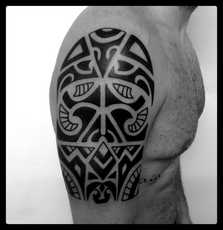 Maori Style Half arm|como tattoo|vittoriatattoo