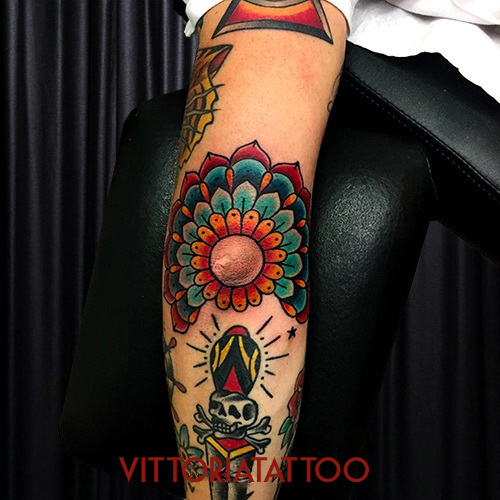 mandala-flower-tattoo
