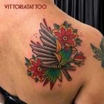 Tattoo Como|parrot tattoo|vittoriatattoo